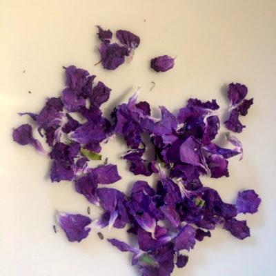 Blüten-Kräuter-Salz
